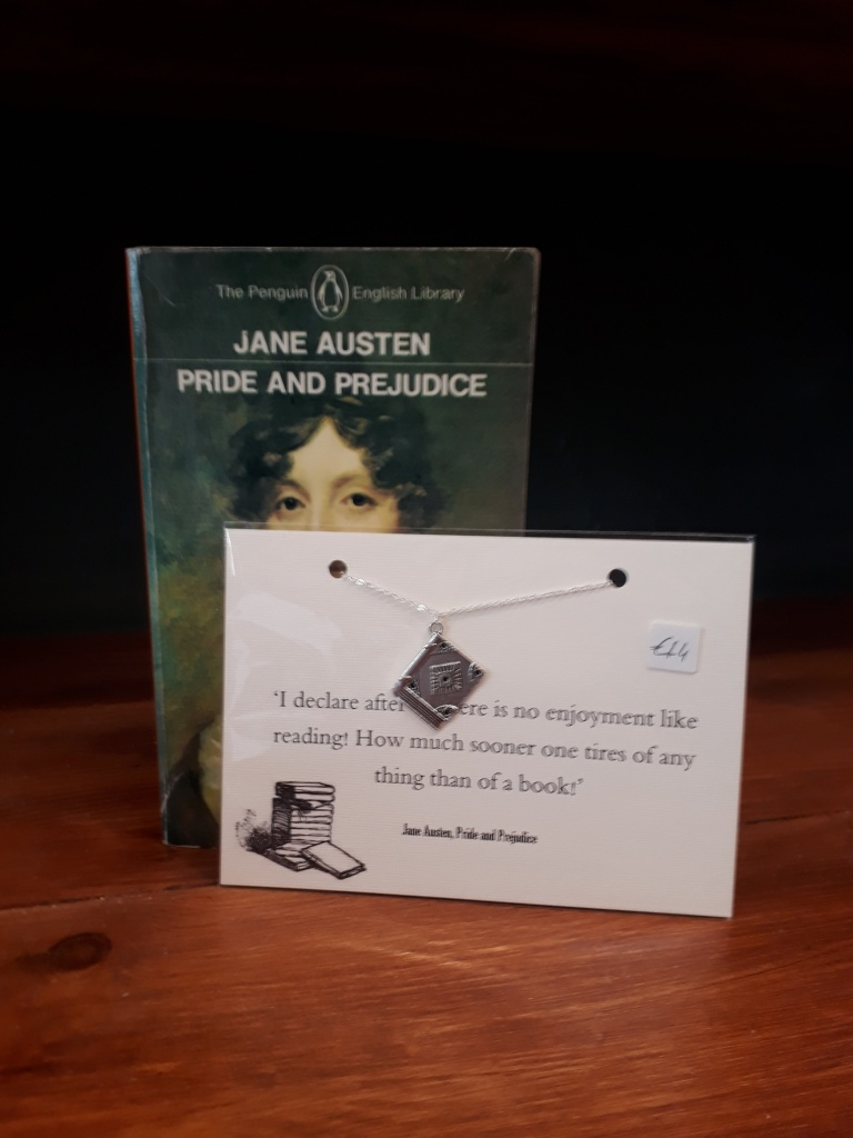 Jane Austen book necklace. Silver plated chain silver coloured charm 14 euro