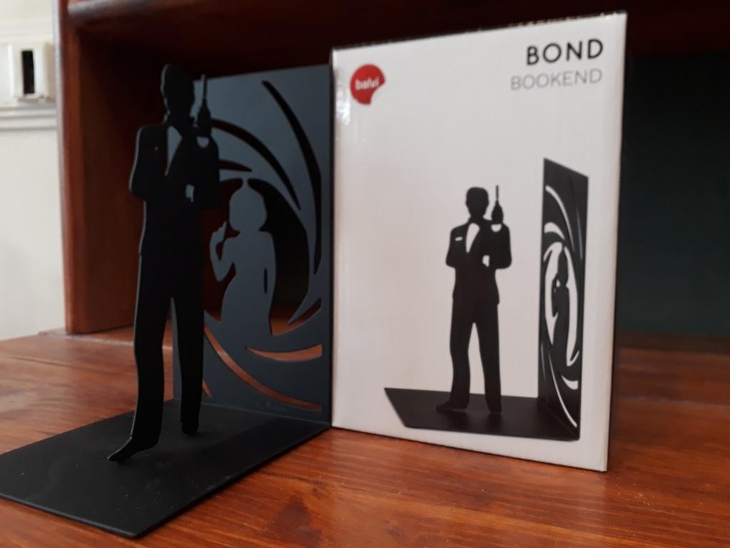 James Bond single bookend. Black metal 12 euro